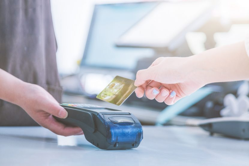 Platba kartou pri prevzatí tovaru